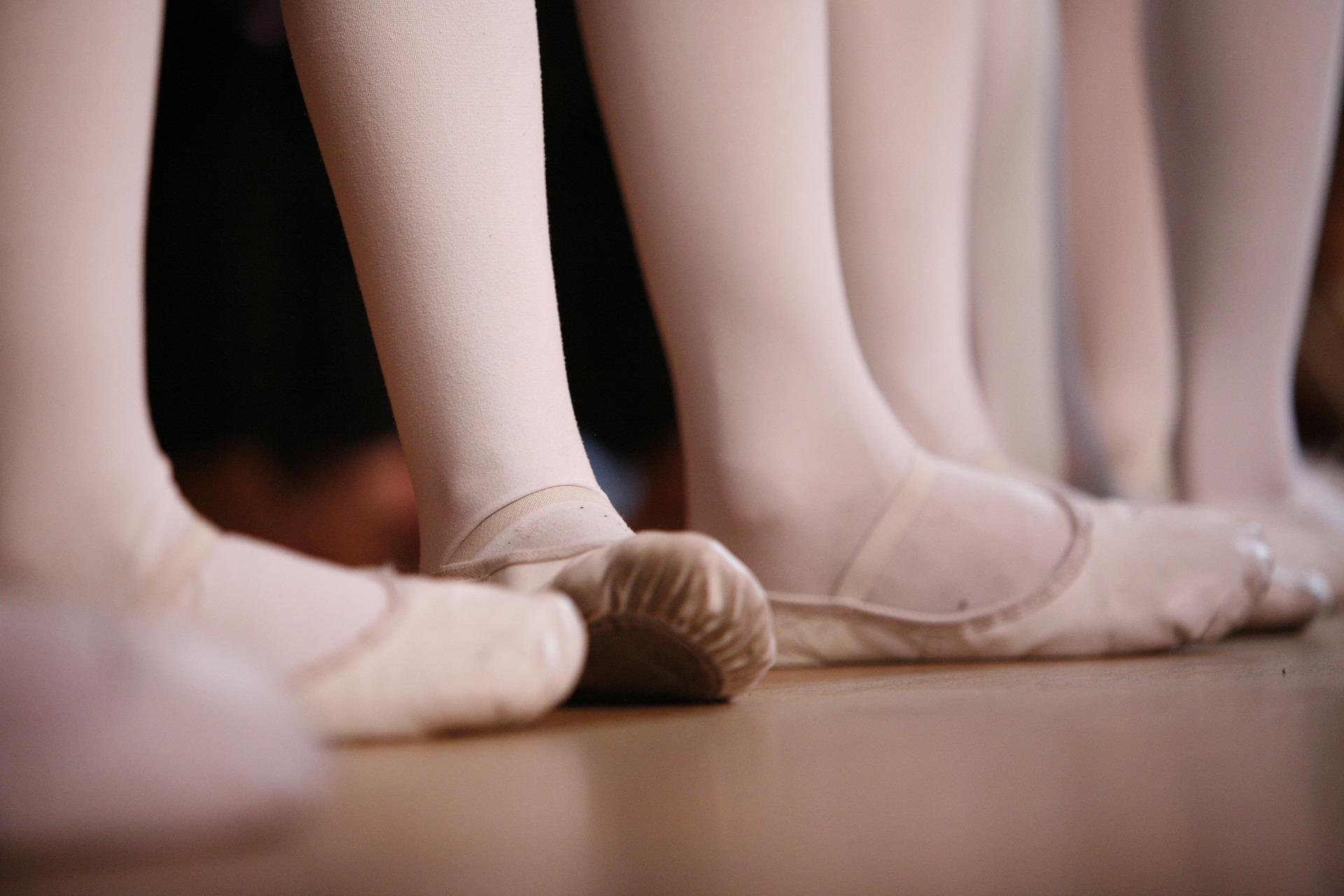 ballet-4941738_1920